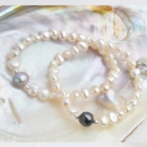 Jewelry - Natural Freshwater Pearl Bracelet Set